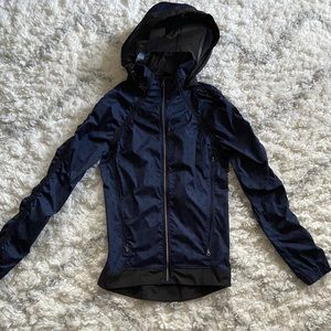 Lululemon Ruched Polka Dot Rain Hooded Jacket